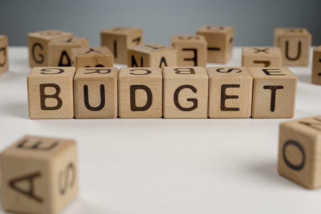 create-a-budget-8-ways-to-pay-off-debt-fast-with-low-income